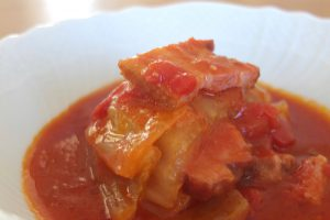 Stewed bacon and Chinese cabbage