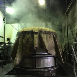 steaming of mochi rice